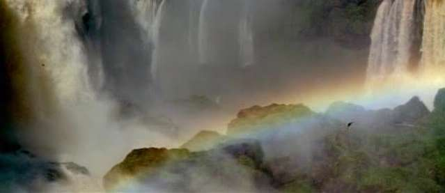 Foz do Iguaçu or Iguacu Falls (Brasil-Argentina-Paraguai)